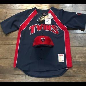 Minnesota Twins Bundle - Jersey and SnapBack